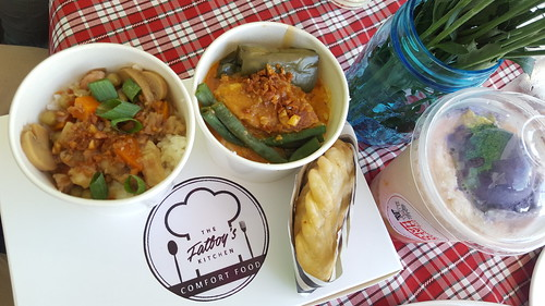 Kare Kare, Empanada, etc. by The Fat Boy's Kitchen Mervin Loseo | Davao Gourmet Collective 2016: Food and the City at SM Lanang Premier - DavaoFoodTripS.com