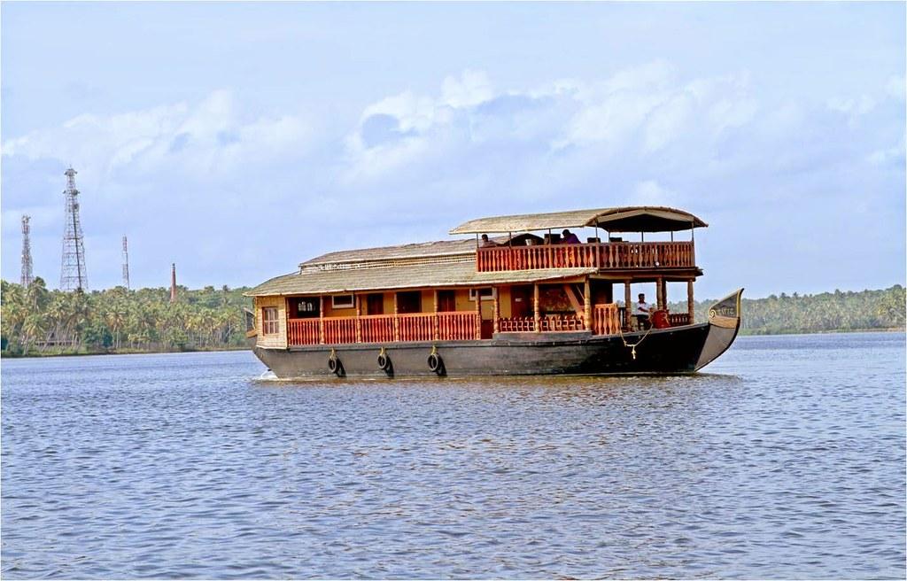 Kollam Luxury Kerala Houseboat