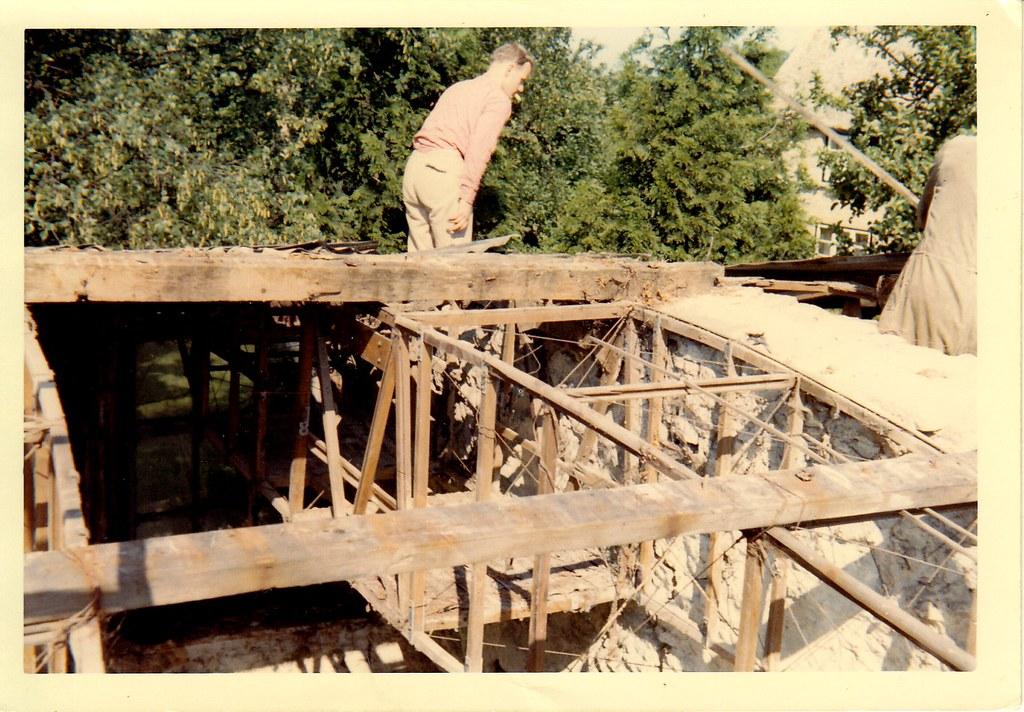Dismantling workshop roof 2