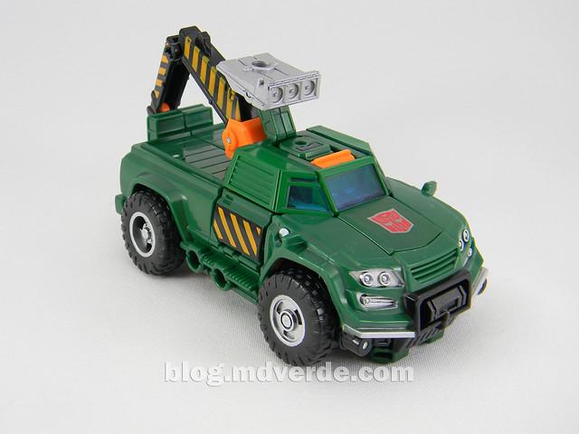 Transformers Hoist Deluxe - Generations Takara - modo alterno