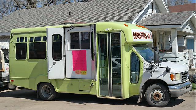 Gorditas Los  Tíos Taco Truck in Des Moines Iowa