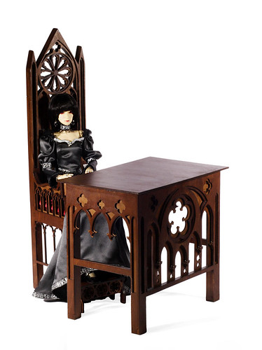 Gothic throne m02& Gothic desk m01