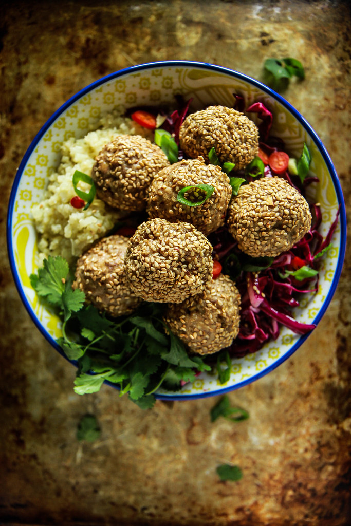 Paleo Sesame Meatball and Cauliflower Rice Bowl from HeatherChristo.com