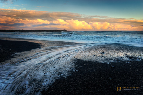 winter sunset beach clouds landscapes is iceland rocks skies seascapes scenic beaches oceans skyscapes atlanticocean hdr seas vík naturephotography blacksandbeach landscapephotography blacksands víkímýrdal suðerland pentaxk3 fingolfinphoto philipesterle