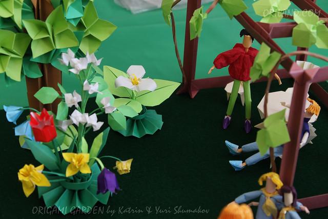 Origami Garden by Katrin & Yuri Shumakov