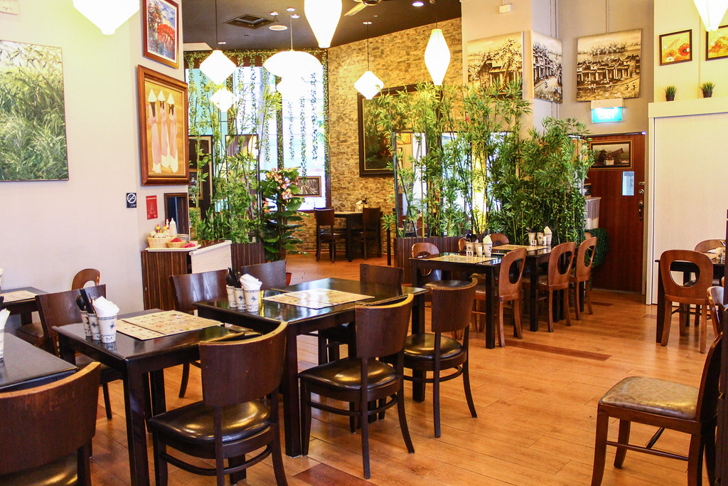Tonkin Vietnamese Cuisine: Interior