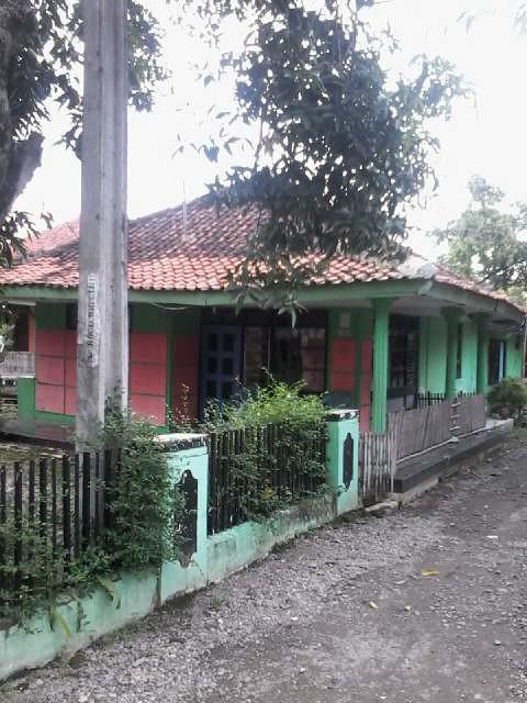 Di jual rumah & tanah daerah Sumedang Ujung Jaya