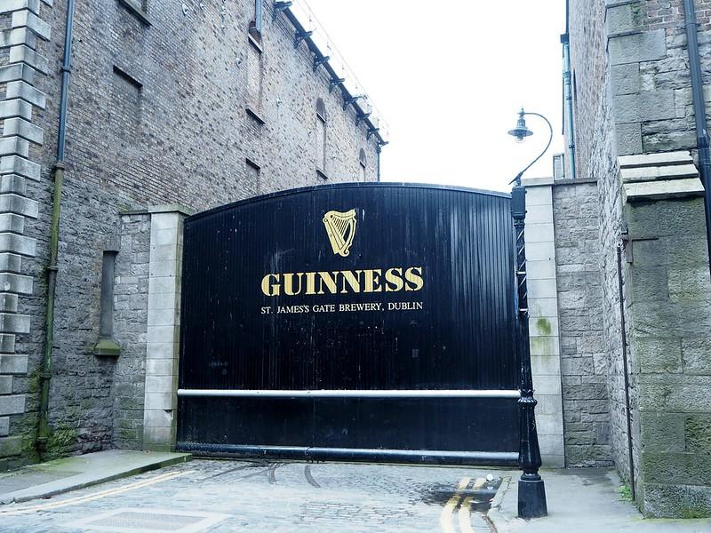 guinnessstorehouseP4150287, guinness, guinness storehouse, dublin, ireland, irlanti, st.james gate brewery, gravity bar, beer, olut, the guinness retail store, guinness portti, sightseeing, nähtävyys, kokemus,