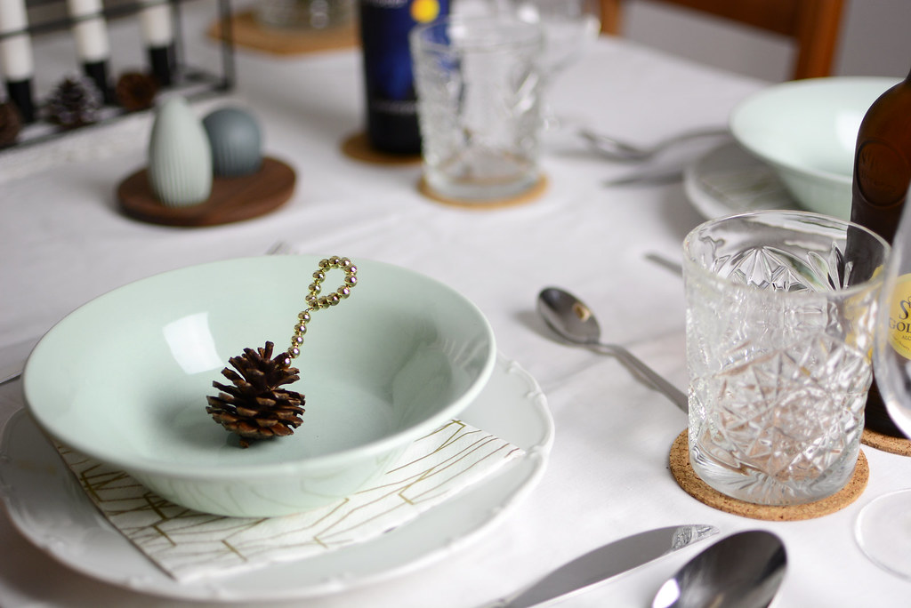Christmas-Table-Decoration_1