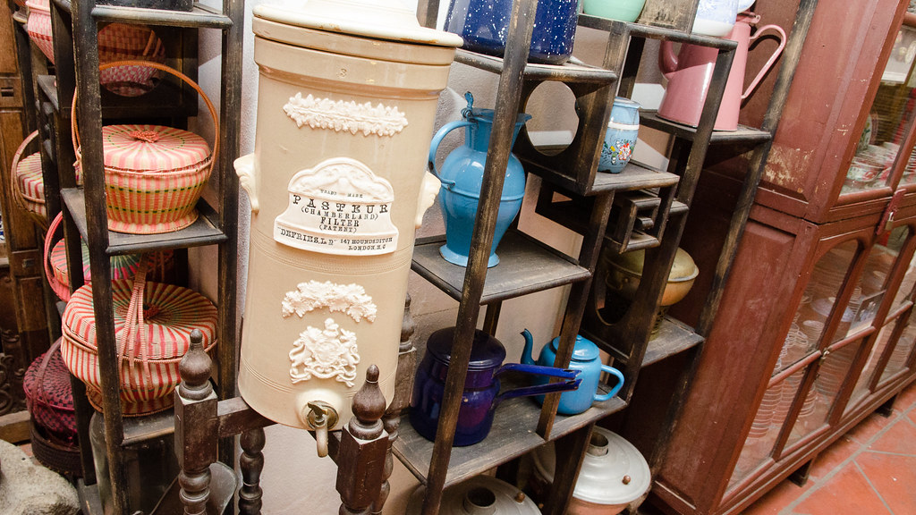 Classic utensils in Pinang Peranakan Mansion
