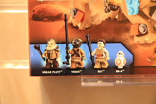 LEGO Star Wars 75148 Encounter on Jakku 3