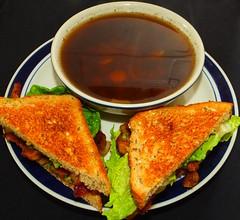 Bacon & Lettuce Sandwich with Carrot & Oni…