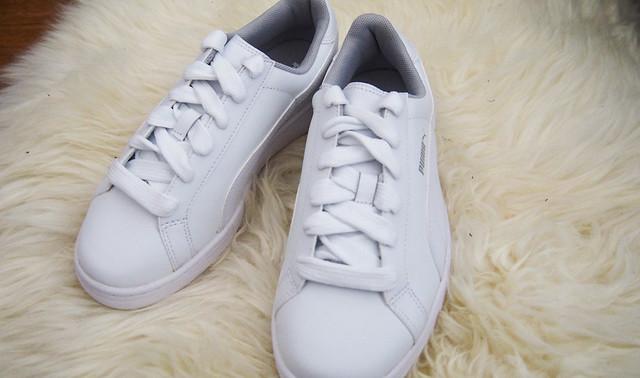 White sneakers, Puma