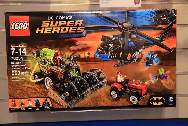 LEGO DC Comics 2016 76054 Batman Scarecrow Harvest Of Fear 01