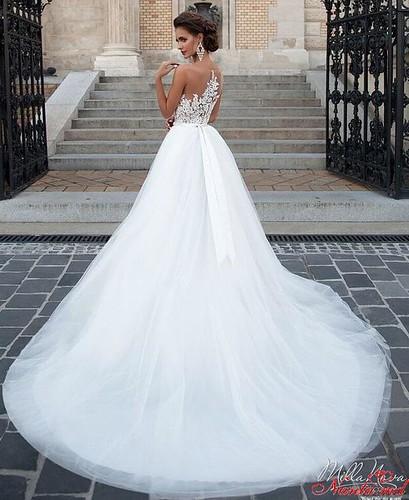 Salon de Mariaj Cocos-Tot luxul și eleganța modei de nuntă într-un singur loc! > CHELSI