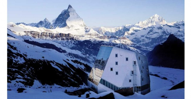 Nové stavby ve švýcarských horách.