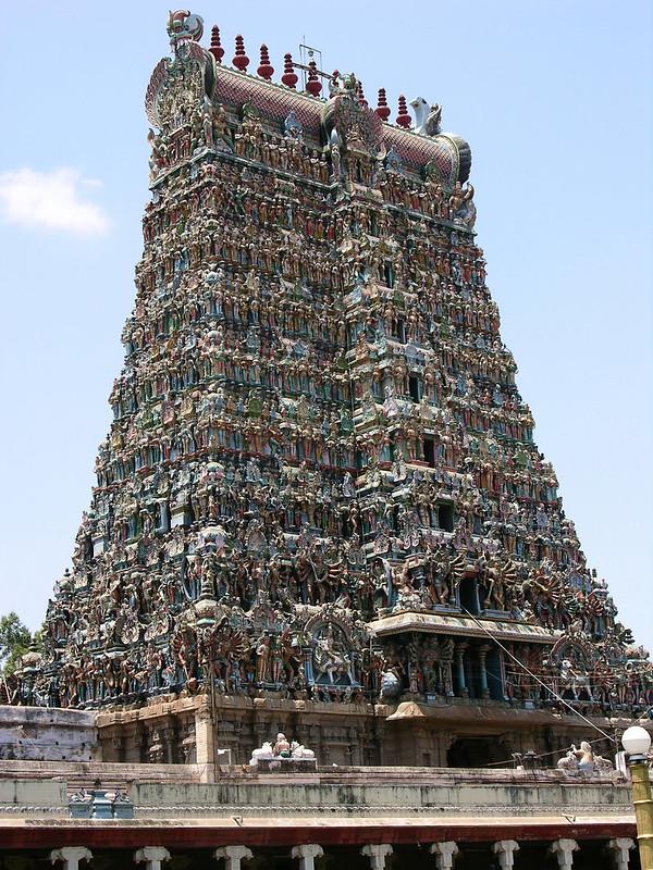 Puerta Oeste del Templo de Sri Meenakshi