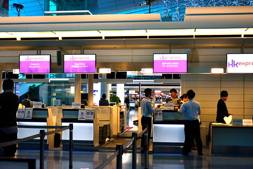 香港エクスプレスのチェックインカウンター