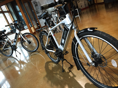 GenZe e-bikes-2.jpg