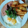 A brilliant ham, eggs and chips in Motte and Bailey Café in Arundel yesterday #latergram