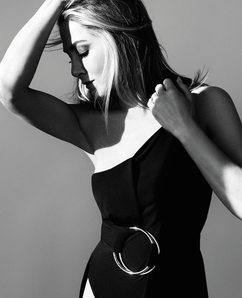 Дженнифер Энистон — Фотосессия для «Harper's Bazaar» 2016 – 1