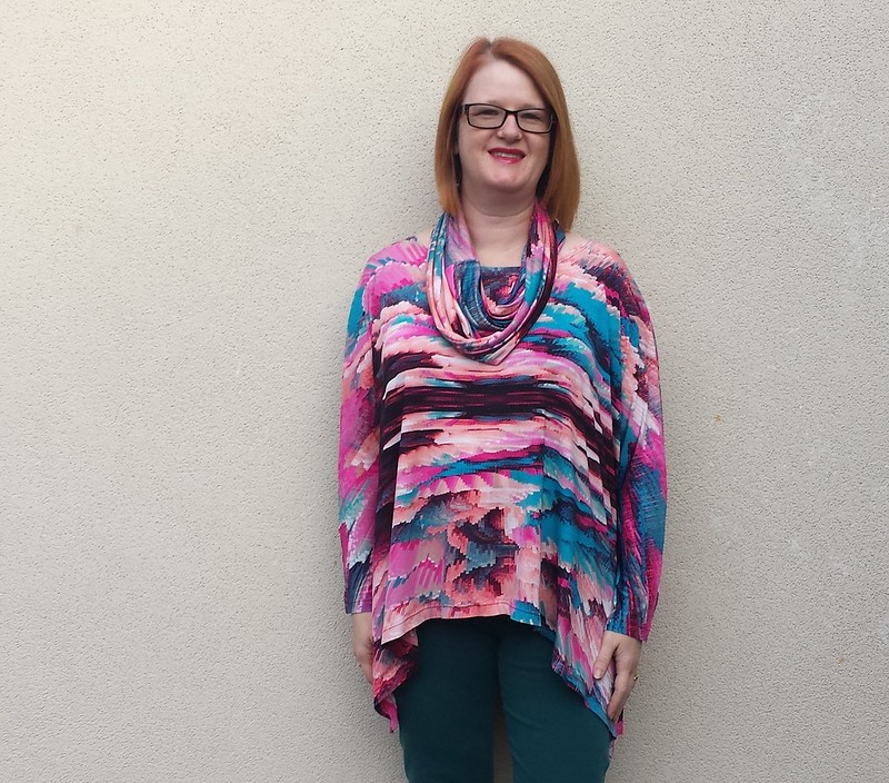 Tessuti Fave top in poly spandex knit from Darn Cheap Fabrics