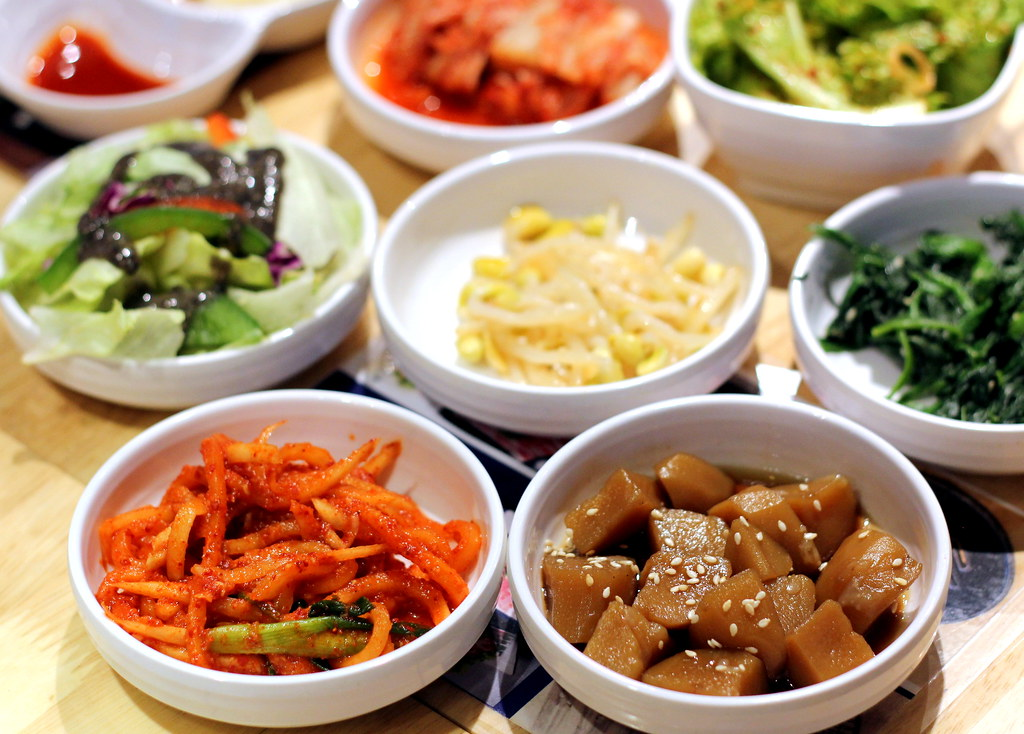 Korean BBQ Singapore: Seorae Singapore Garlic Soy Sauce Galmaegisal Side Dishes