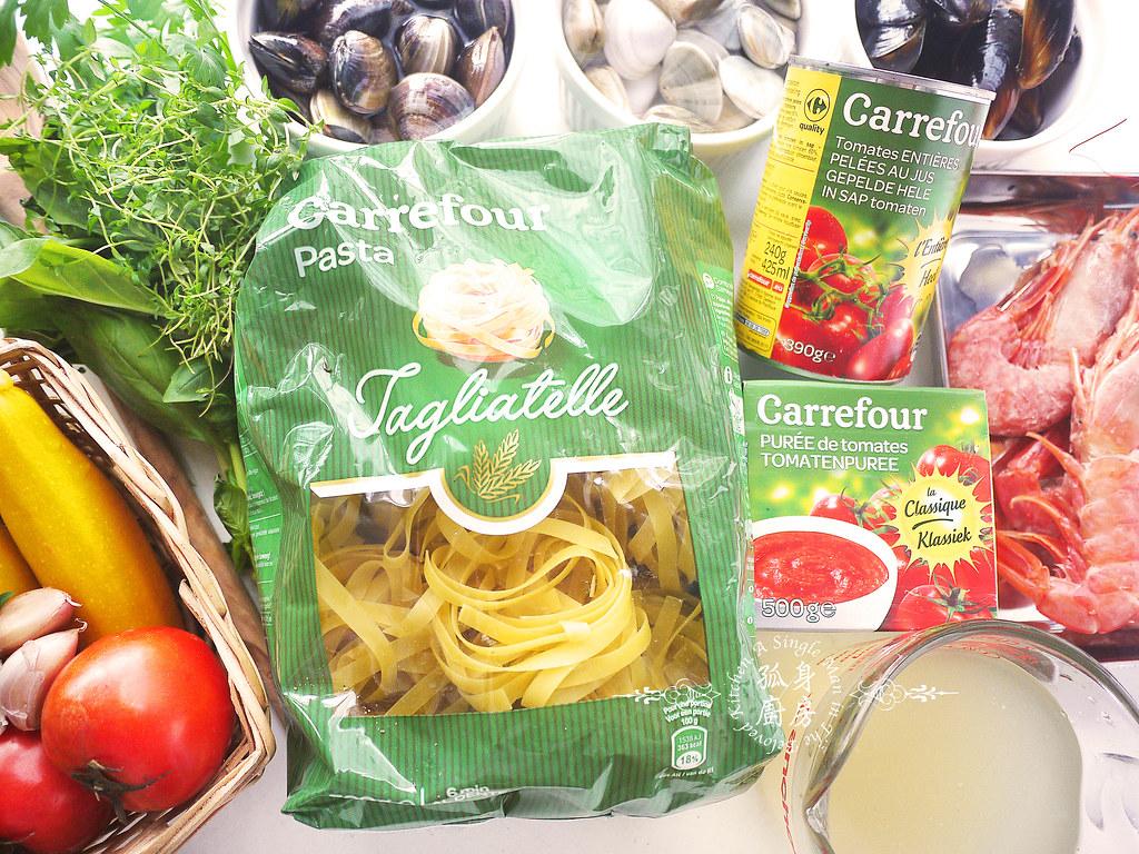 孤身廚房-寶迪鍋一鍋到底茄汁綜合貝類義大利麵佐烤天使紅蝦與櫛瓜4