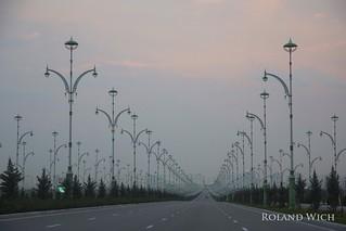 Ashgabat - Where is everybody ?