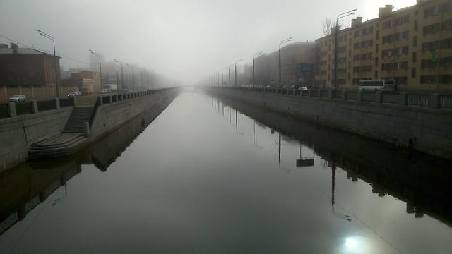 Обводный канал в тумане // Obvodny canal in fog