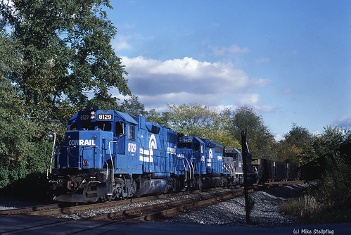 railroad train kr cr kodachrome64 conrail emd gp382 coaltrain newportroad unittrain fallenflag emdgp382 emdlocomotive wampumpa youngstownline westernpennsylvaniarailroads pittsburgharearailroads cr8129 conrail8129