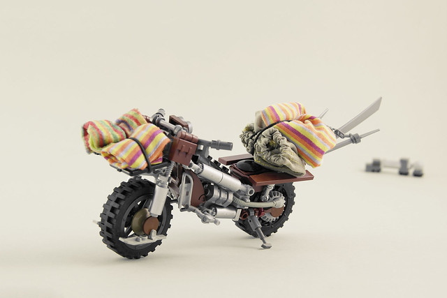 Mad Max - Desert Bike
