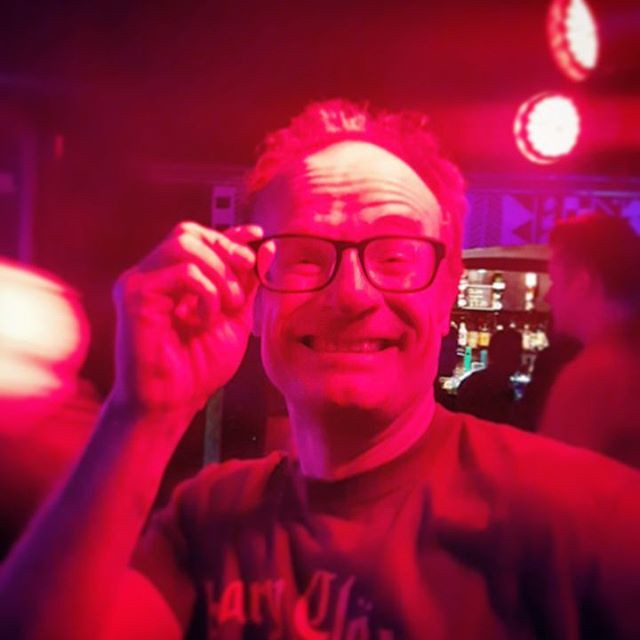 Oops.... There goes another pair of glasses hey Luke?! Sub-Hum-Ans all over again! #riggots  #mamalizs  #voodoolounge  #punk  #punkrock #scaryclown  #Stamford