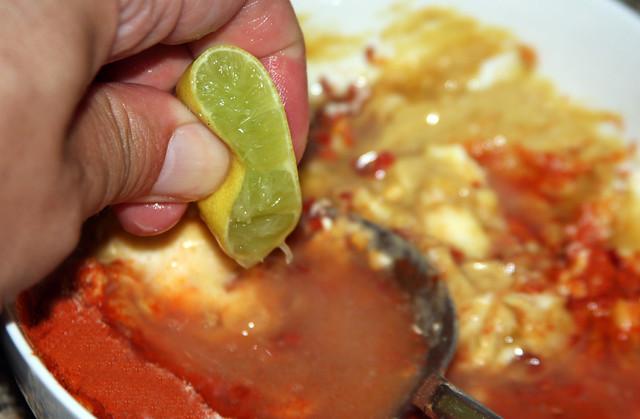 Salmon a la hoja de bananero (7)