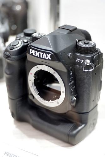 PENTAX K-1_01