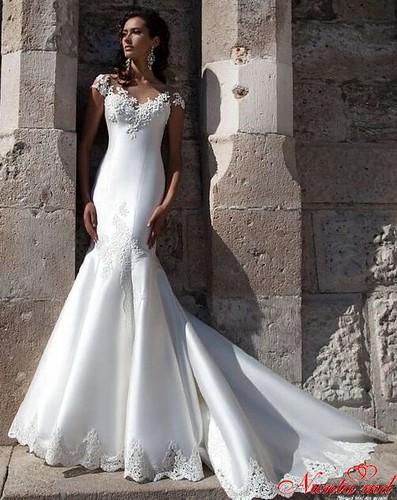 Salon de Mariaj Cocos-Tot luxul și eleganța modei de nuntă într-un singur loc! > ELIS