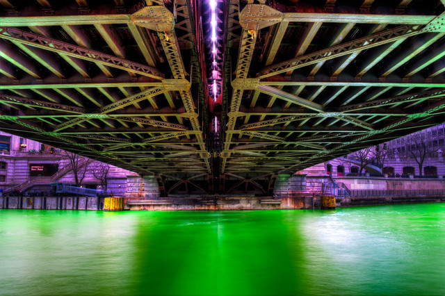 Green Chicago River under Michigan Avenue Bridge