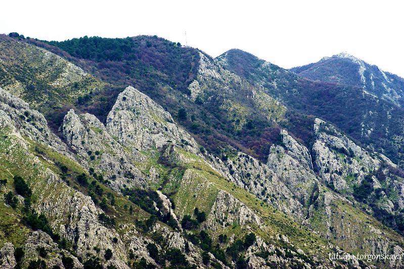 Горы полуострова Врмац