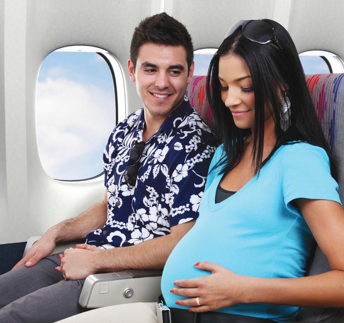 Có nên đi máy bay khi mang thai ba tháng cuối?