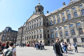 Image of Koninklijk Paleis. geotagged damsquare amsterdamnetherlands royalpalaceamsterdam nikond610 nikkor20mmƒ28afd