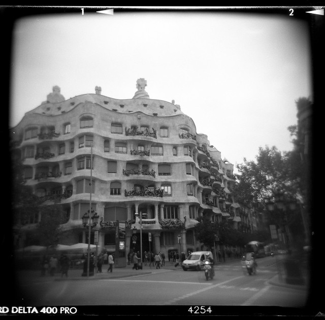 Barcelona - Block of Discord-4