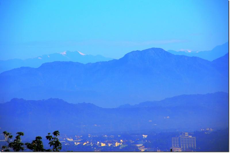 江西林山山頂西北遠眺雪山、大雪山