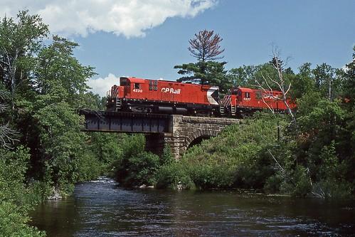 railroad car cp westbound alco c424 somersetjunctionme