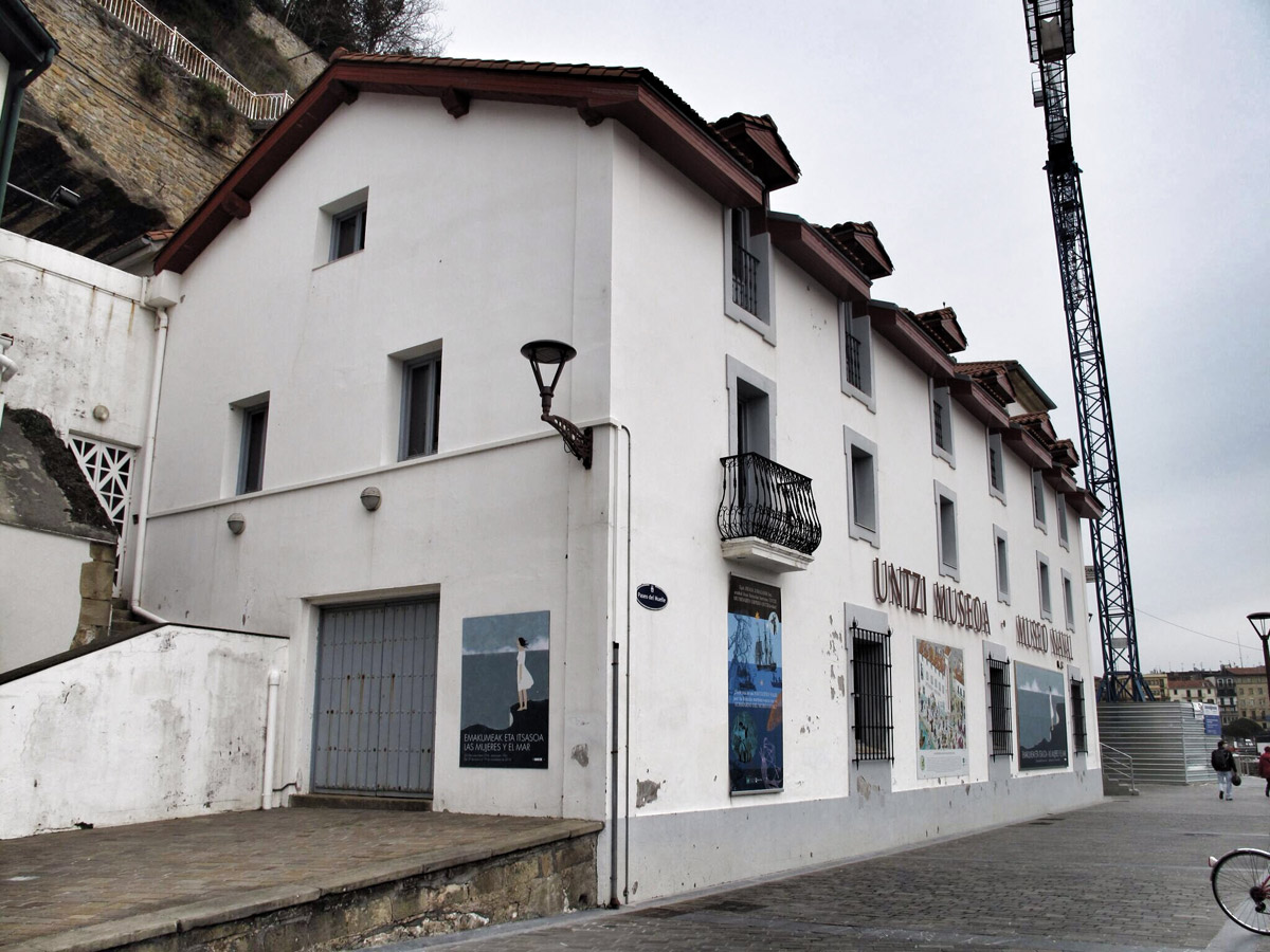 Untzi Museoa-Museo Naval_patrimonio casa torre_consulado_muralla_arquitectura_rehabilitacion