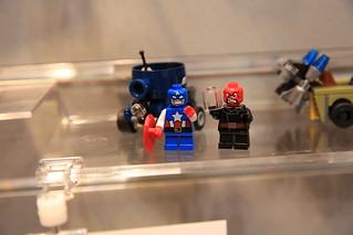 LEGO Marvel 76065 Captain America vs. Red Skull 4