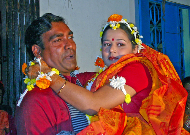 Bride being carried by, Canon EOS DIGITAL REBEL, Canon 18.0-55.0 mm