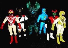First #vinyl pick up of 2016 #RagingNerdgasm #TomKhayos #ToyGameScroogeMcDuck #vintage #90s #toyhunting #toyhustle #toyhorder #toytrades #toysagram #80s #toyfinds #ToysAreMyDrug #ToyGameTedDibase #Japanese #import #japan #sentai #sofubi #Ultraman