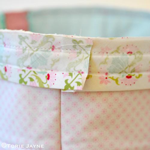 Pretty tote sewing tutorial 23