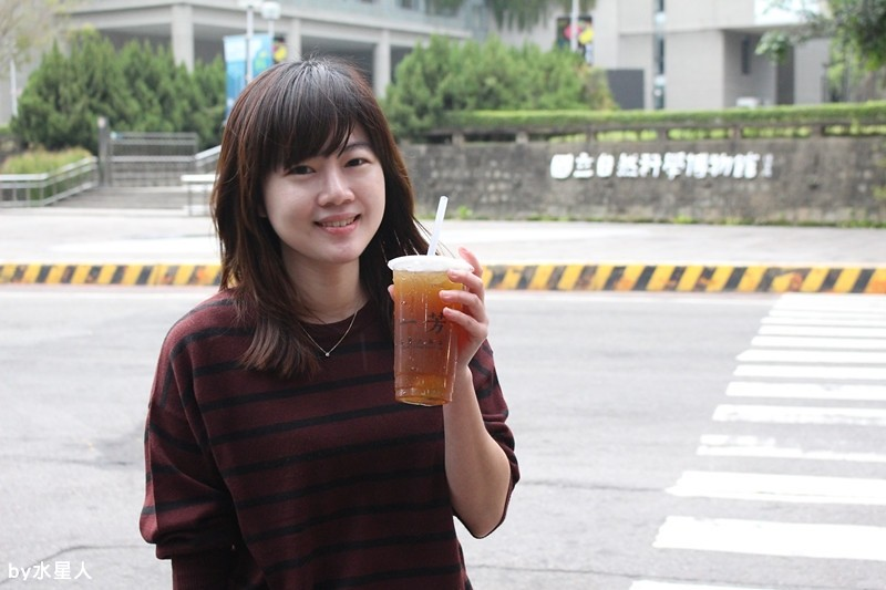 25034793793 b8b8f6e6d0 b - 熱血採訪 | 台中北區【一芳 陳家台灣水果茶】取自台灣在地食材,好文青的飲料店