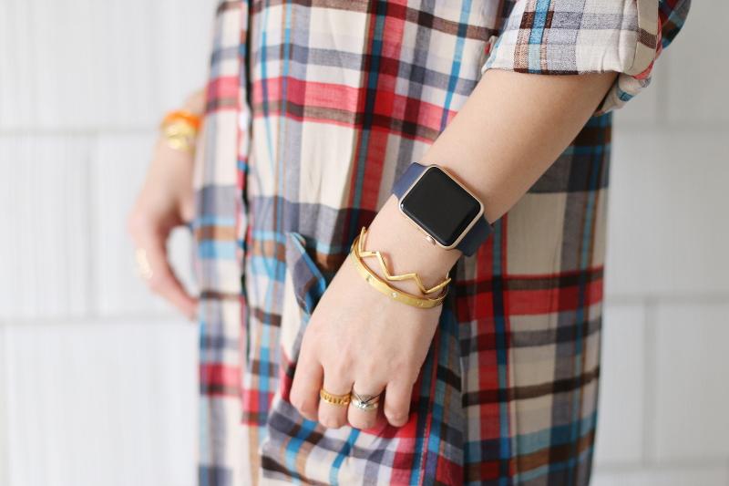 plaid-dress-apple-watch-gorjana-cuff-bangles-7